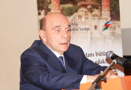 AVCİYA prezidenti Elxan Süleymanov Roma papasına məktub ünvanlayıb
